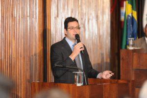 Homero Marchese em 2016, durante audiência da Frente Parlamentar contra a Prorrogação dos Contratos de Pedágio do Paraná