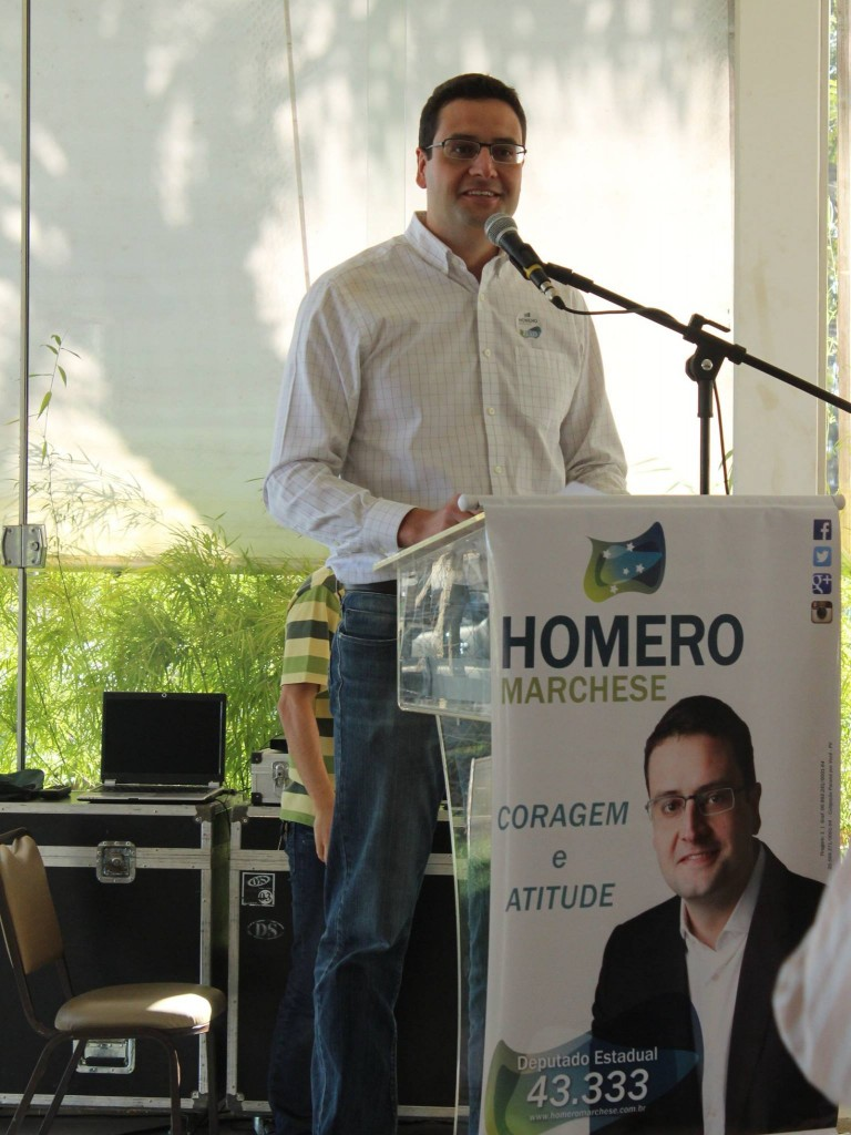 Homero discursa no evento
