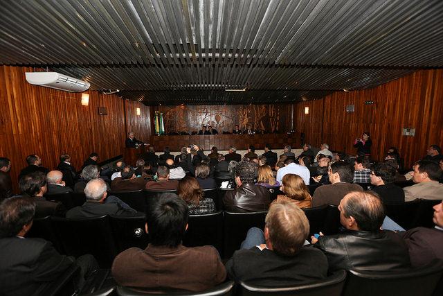 Apresentação do projeto da AMP no Plenário da Assembleia Legislativa (Foto Nani Gois/Alep)